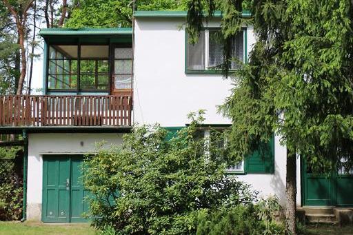 Zájem Středočeského kraje o koupi chaty Bohumila Hrabala trvá